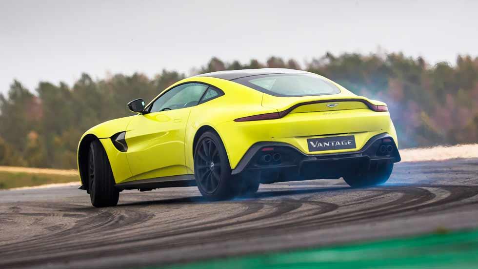 Probamos el Aston Martin Vantage 2018: a por el Porsche 911