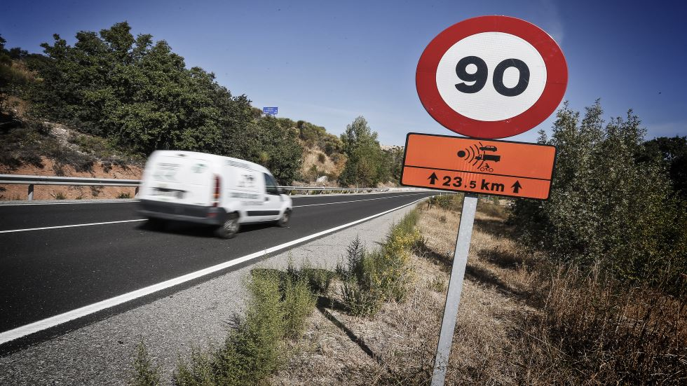 El RACE critica el nuevo límite de 90 /km/h que estudia la DGT