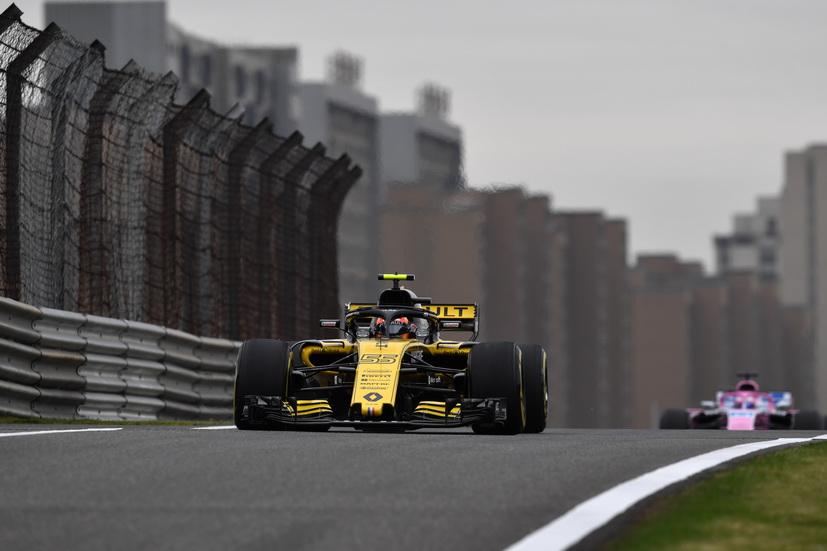 """GP de China de F1: Sainz reconoce que """"estamos mejor que en Baréin"""""""