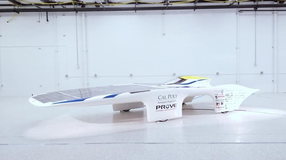 Dawn, el coche solar que no necesita baterías (vídeo)