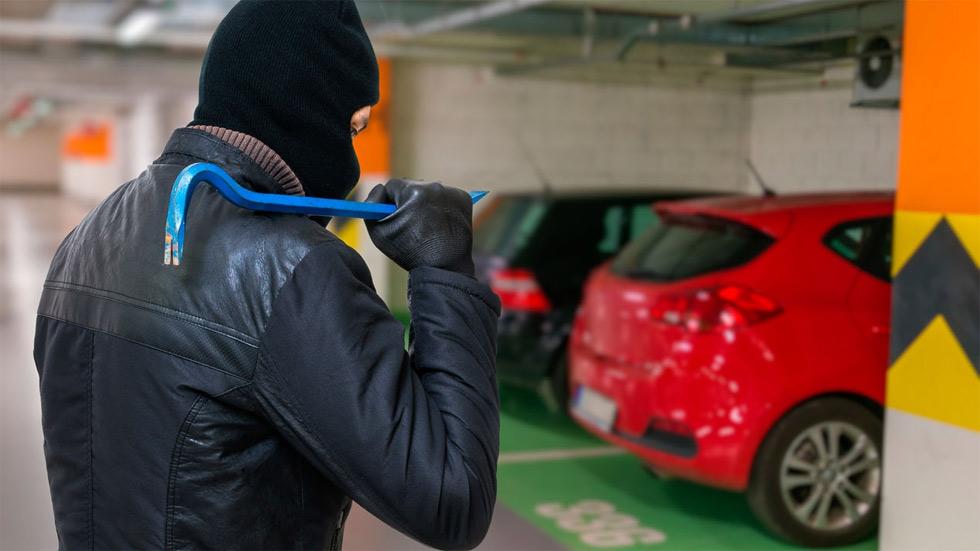 Robos en coches de apertura sin llave: cómo evitarlos (con y sin congelador)