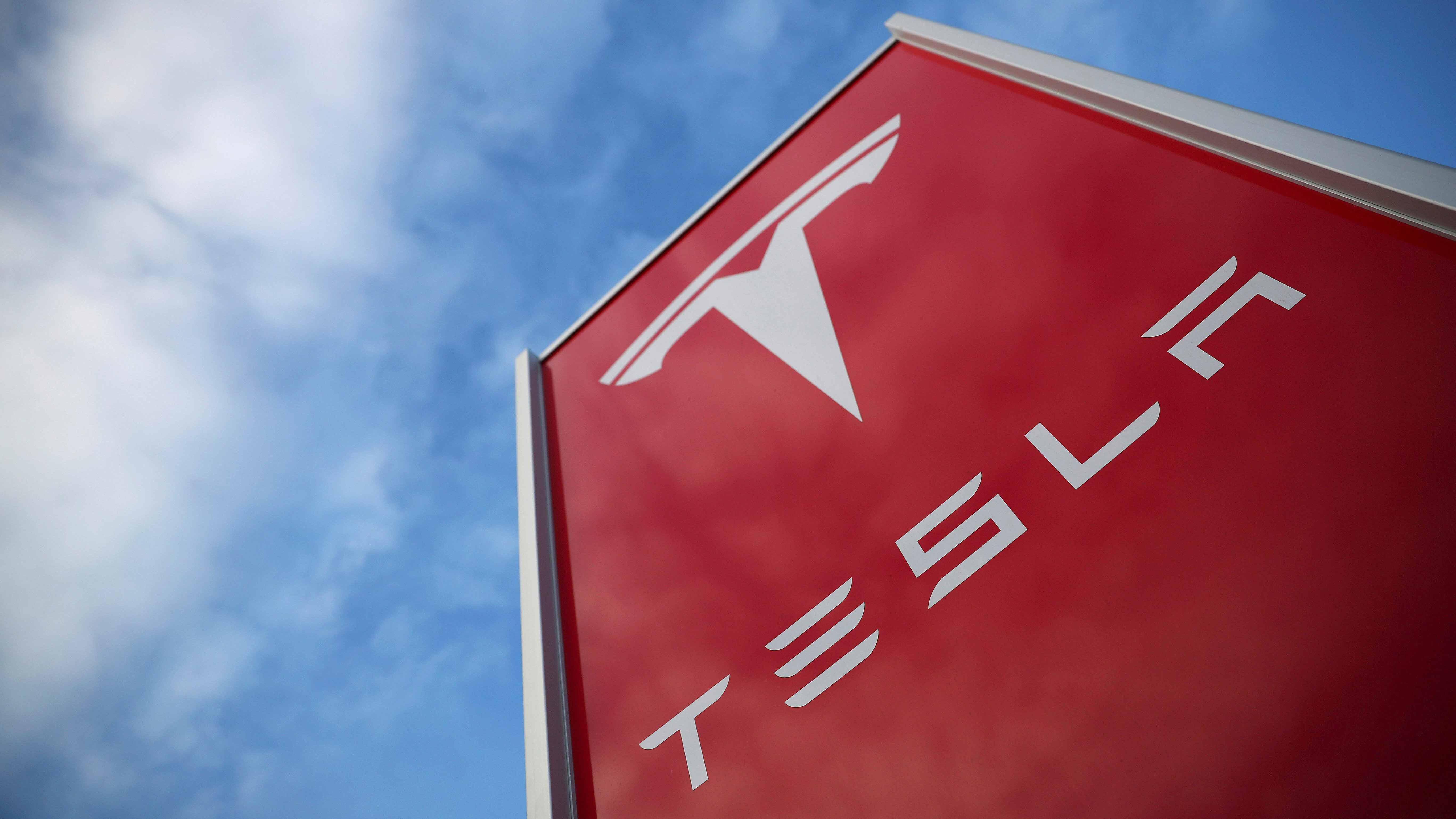 ¿Qué está pasando en Tesla? La producción del Model 3, de nuevo suspendida