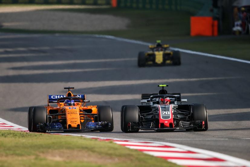 Revolución y más problemas en McLaren: la escudería de Alonso podría renovarse