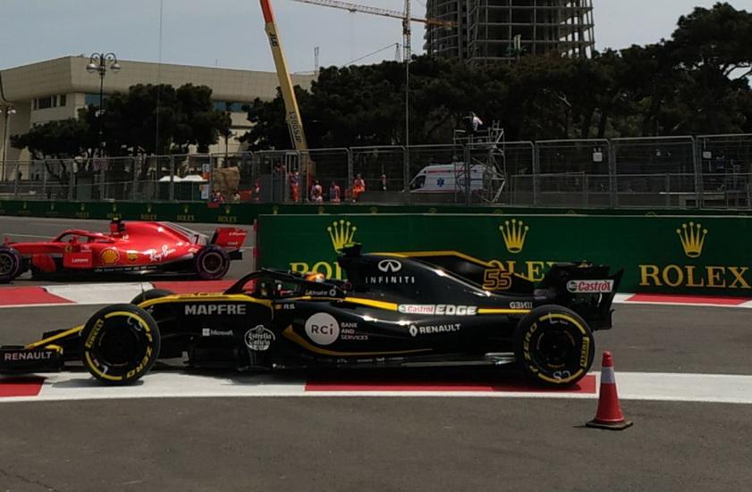 GP de Azerbaiyán de F1 (FP2): Sainz, entre los diez primeros