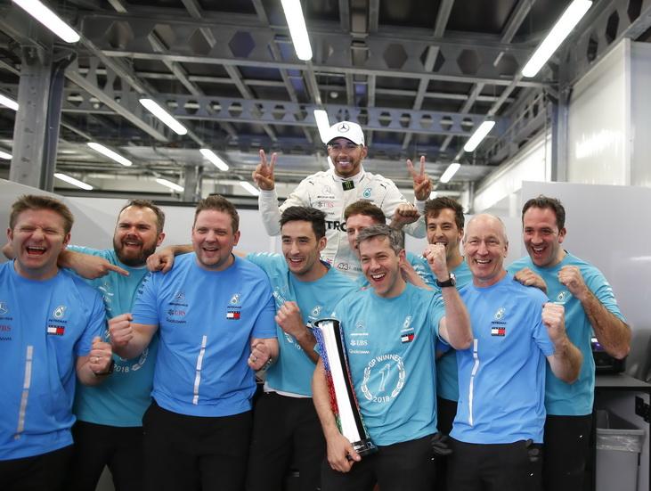 GP de Azerbaiyán de F1: emocionante carrera con la inesperada victoria de Hamilton