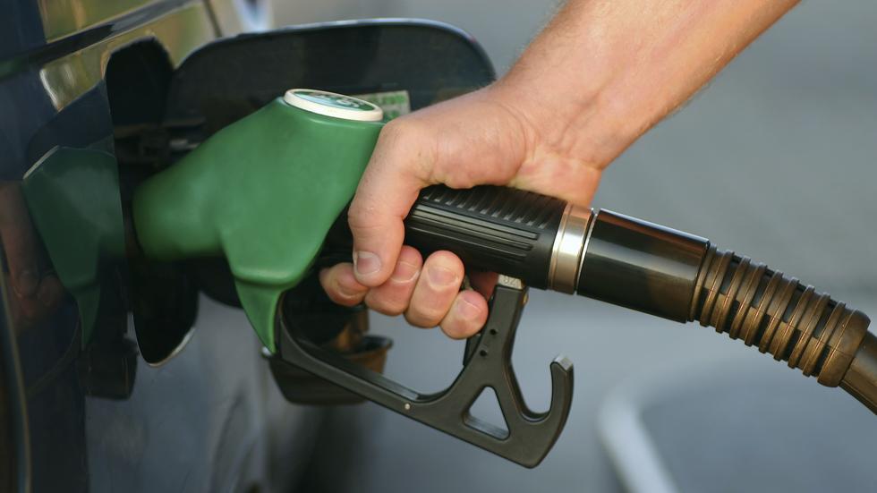 El precio de la gasolina, otra vez disparado: ¿por qué?