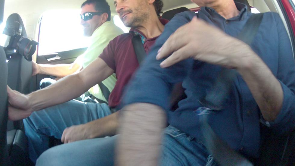 Un cinturón trasero de los coches pequeños del Grupo VW puede soltarse solo (VÍDEO)