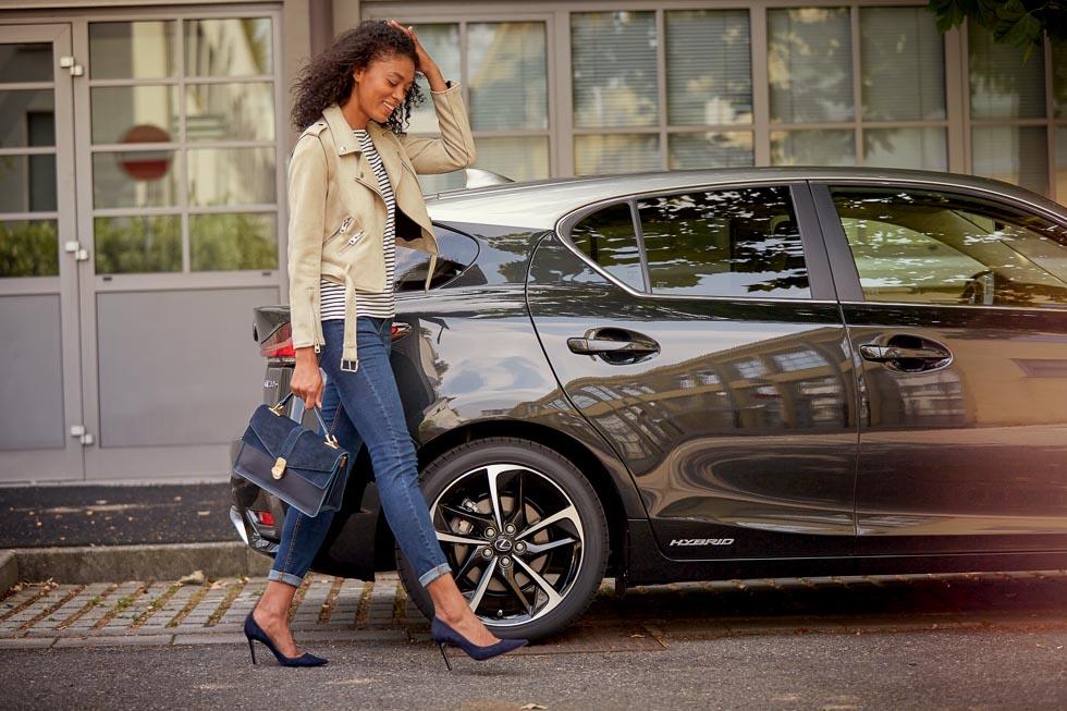 Lexus CT 200h Black & Grey Edition: más equipamiento a buen precio