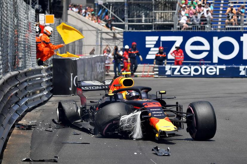 Christian Horner confía en que Max Verstappen madure