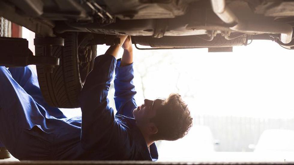Los talleres ilegales de coches generan al sector pérdidas de 3.500 millones de euros