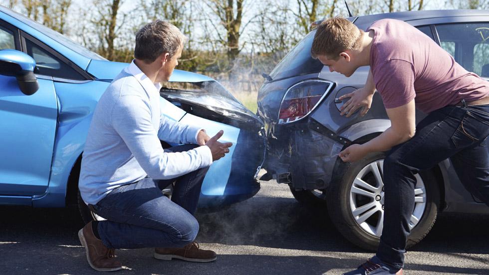 Los seguros de coches que más interesan a los jóvenes: trucos y consejos