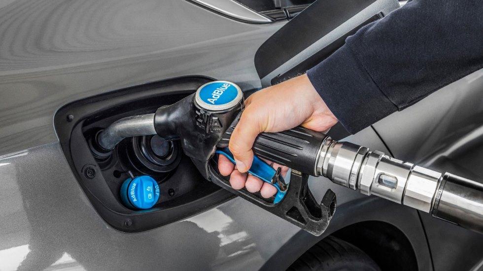 Cuáles son las ventajas y los inconvenientes de los coches diésel con AdBlue