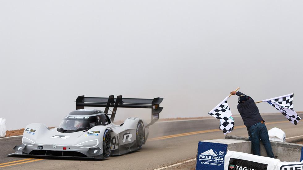 Volkswagen y Romain Dumas, nuevo récord absoluto en Pikes Peak