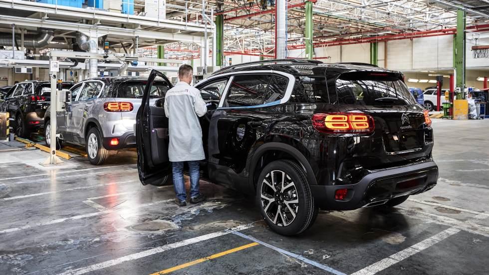 Citroën C5 Aircross: así es su fábrica… y la del Peugeot 5008