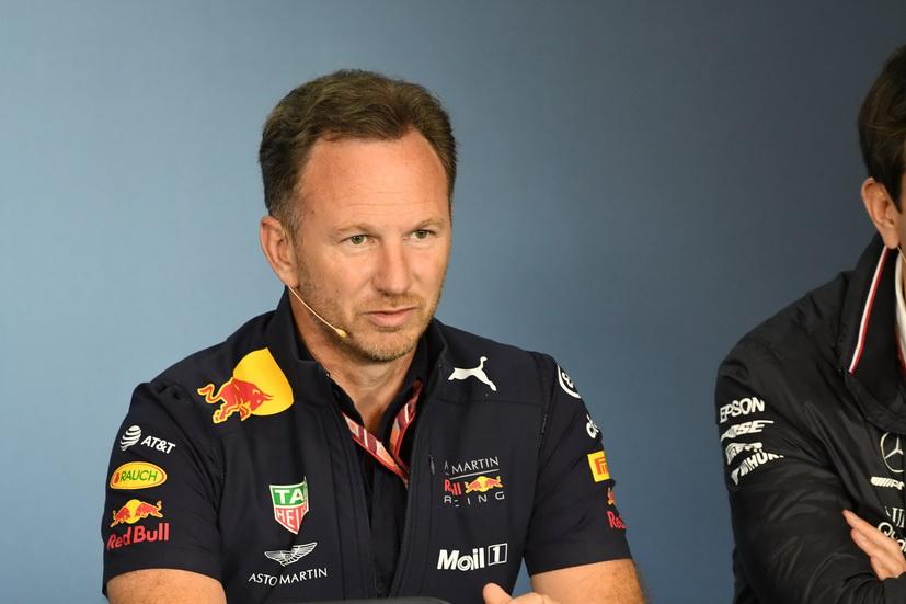 "GP de Austria: según Horner, Hamilton ""bloquea"" el mercado de pilotos"