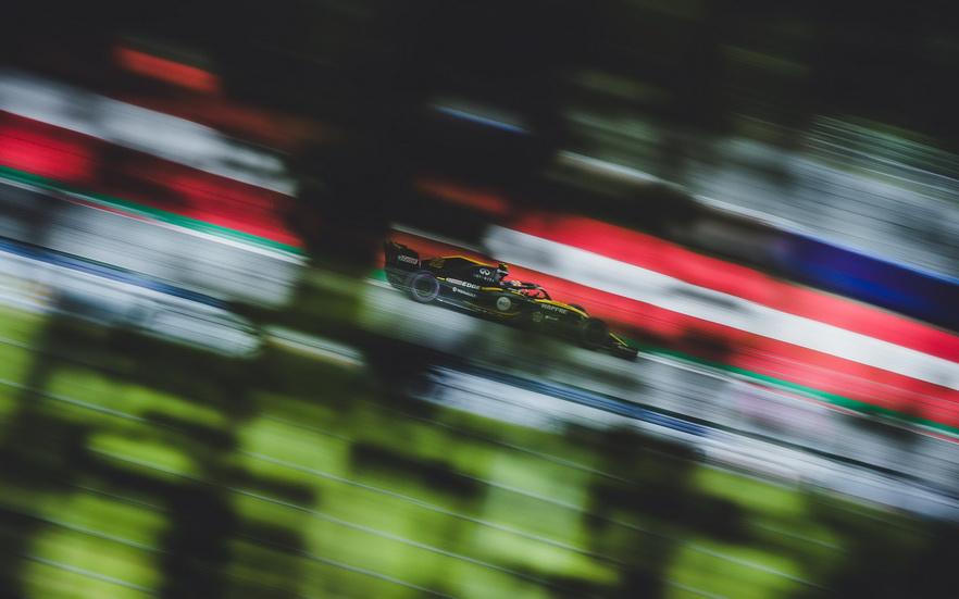 GP de Austria: problemas de neumáticos para Sainz, termina 12º
