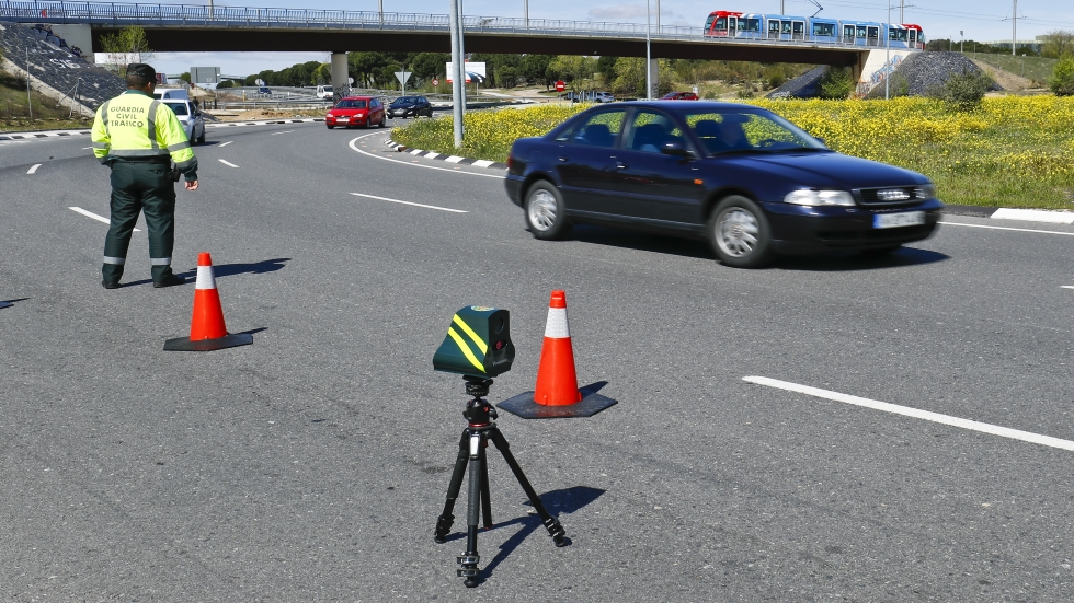 Los radares Veloláser de la DGT, ¡no están multando!