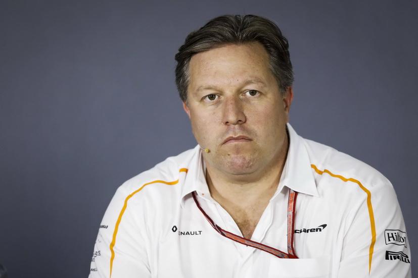 """GP de Gran Bretaña: Zak Brown tacha de """"inaceptable"""" la situación de McLaren"""