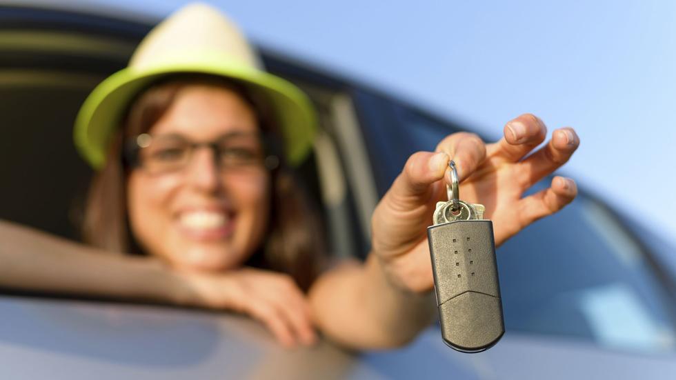 ¿Alquilar un coche por 1 euro? Te decimos cómo…
