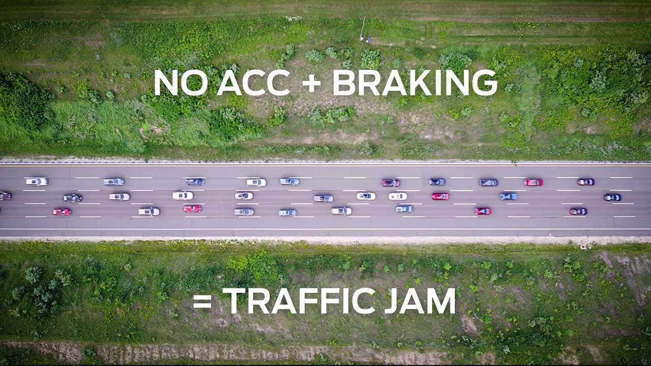"""Ford y su sistema que ayuda a reducir los atascos de """"tráfico fantasma"""" (Vídeo)"""