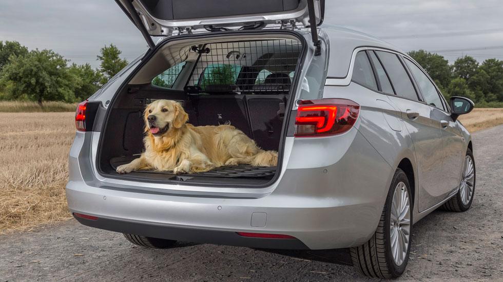 Opel Astra 2018: con nuevos accesorios para disfrutar del verano
