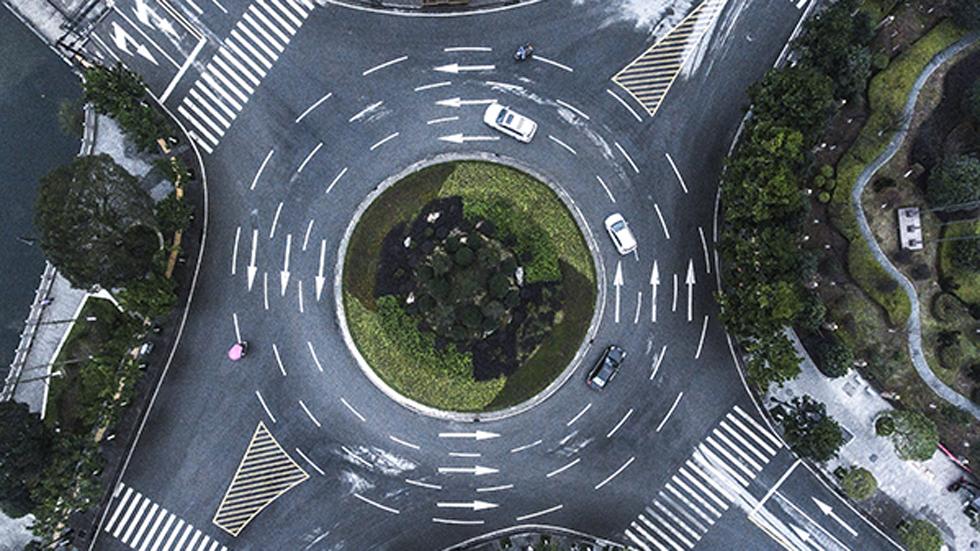 ¿Son seguras las rotondas en España? Los datos de accidentes mortales dicen que no