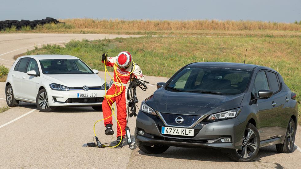 Comparativa Nissan Leaf vs VW e-Golf: duelo de coches eléctricos
