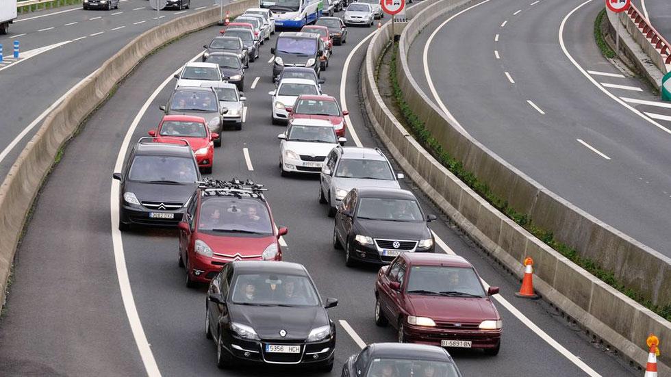 Solo un tercio de los coches tendrá menos de 15 años en 2025