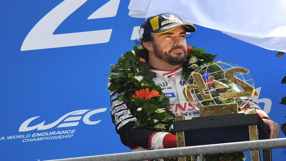 Alonso, a por la triple corona y los dos títulos que le faltan