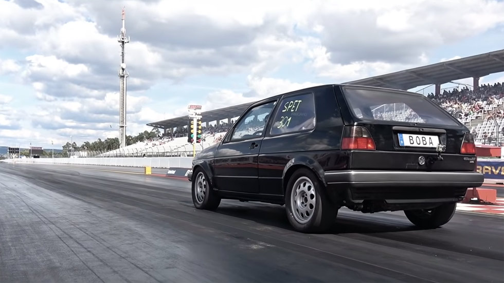 El nuevo récord mundial de un VW Golf con 1.233 CV (Vídeo)