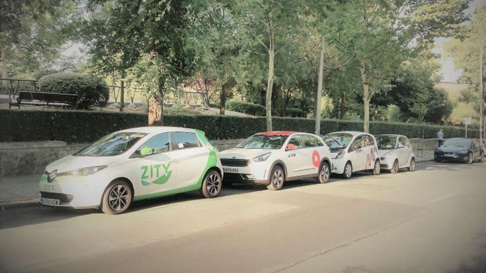 ¿Por qué no triunfan los coches eléctricos? Todas sus barreras, al detalle