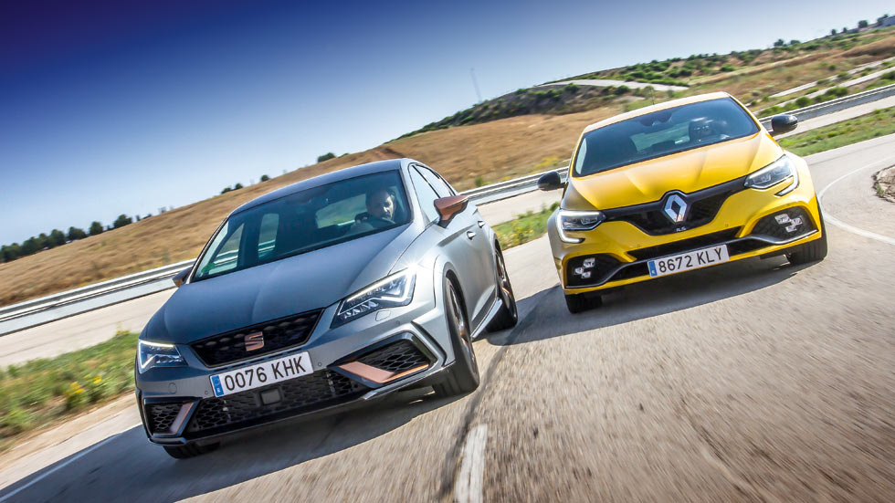 Renault Megane RS vs Seat León Cupra R: a prueba dos deportivos Made in Spain