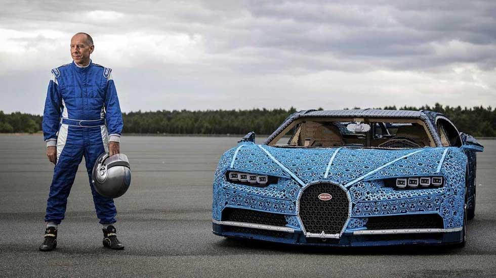 Un Bugatti Chiron de Lego, a escala real… ¡Y que alcanza 20 km/h!