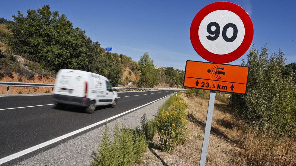 La DGT bajará los límites de velocidad y pondrá más radares