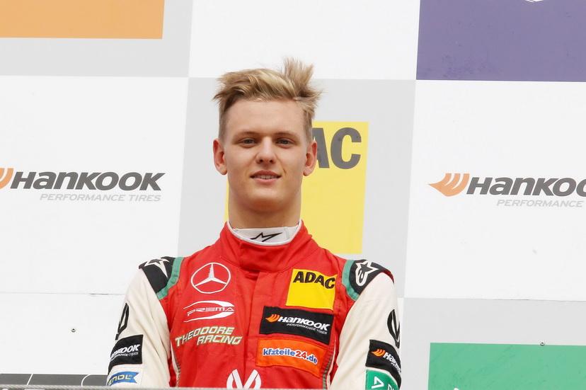 ¿Talento y juventud suficientes para correr en F1?