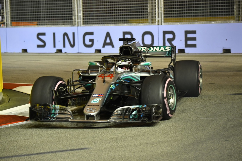 GP de Singapur (Q): pole position inesperada para Hamilton