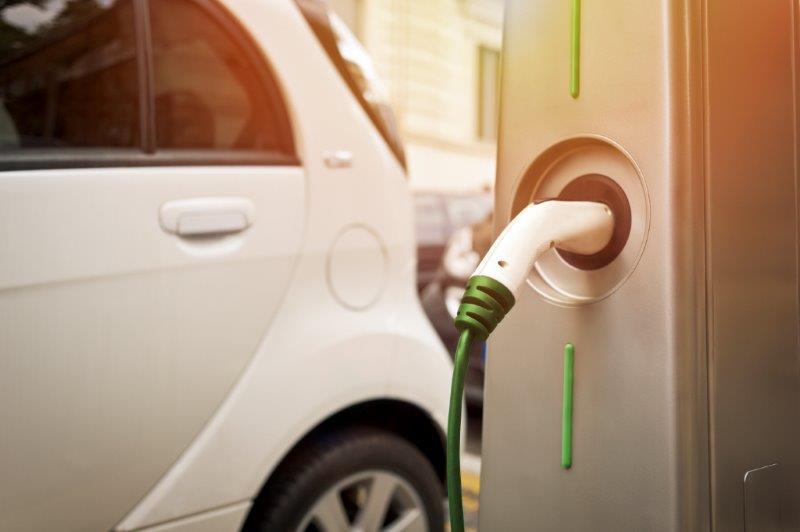 Puntos de recarga para coches eléctricos: España en el Top 10 mundial