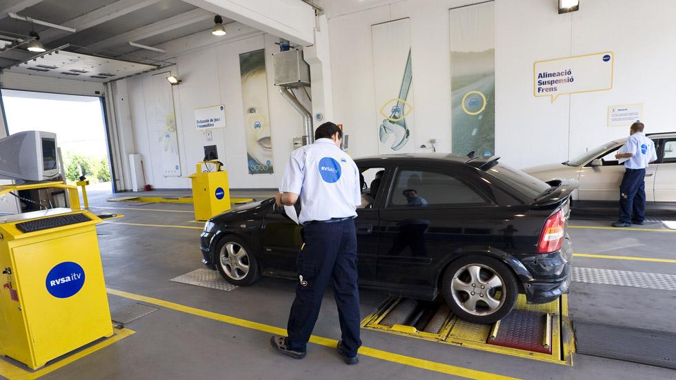 Nueva ITV: los coches Diesel desde 2006, en el foco de muchos de los suspensos