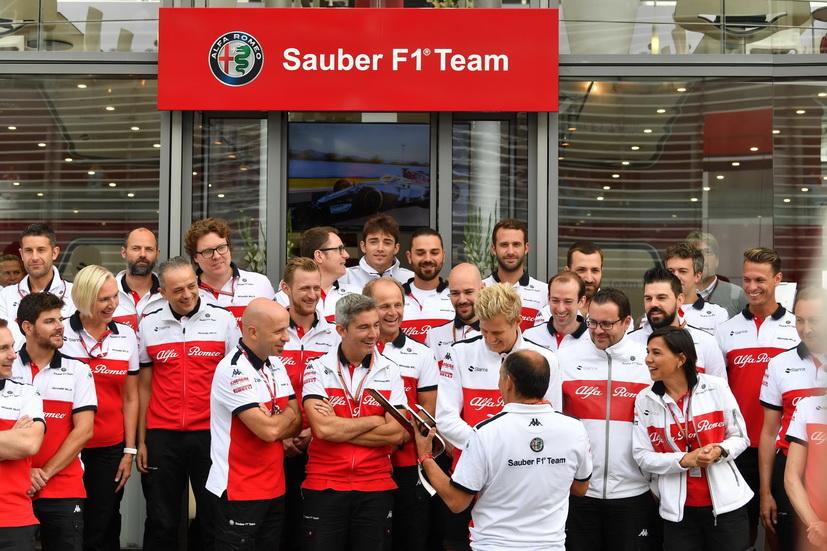 Ferrari tiene bajo control a Sauber