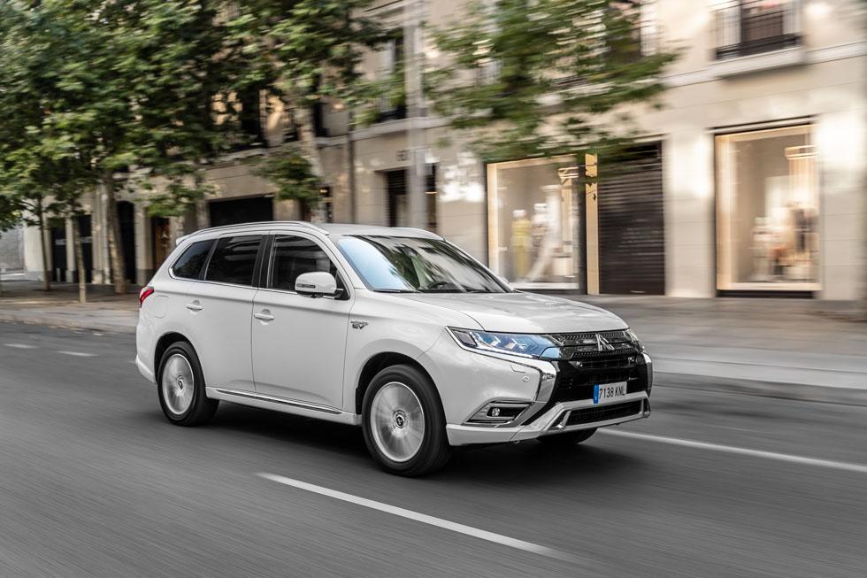 Mitsubishi Outlander PHEV 2019: prueba y precios del SUV híbrido enchufable