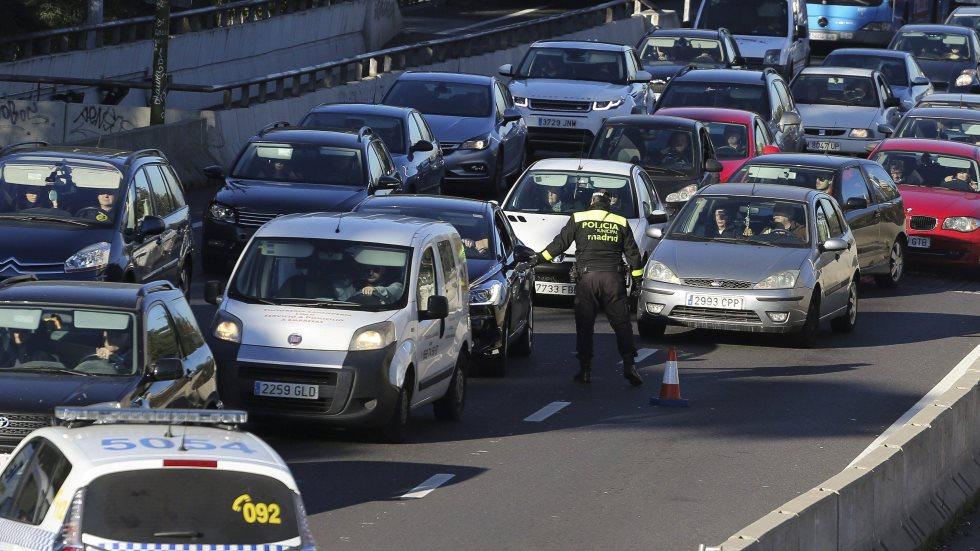 Las restricciones de tráfico por contaminación se amplían a todo Madrid y a motos