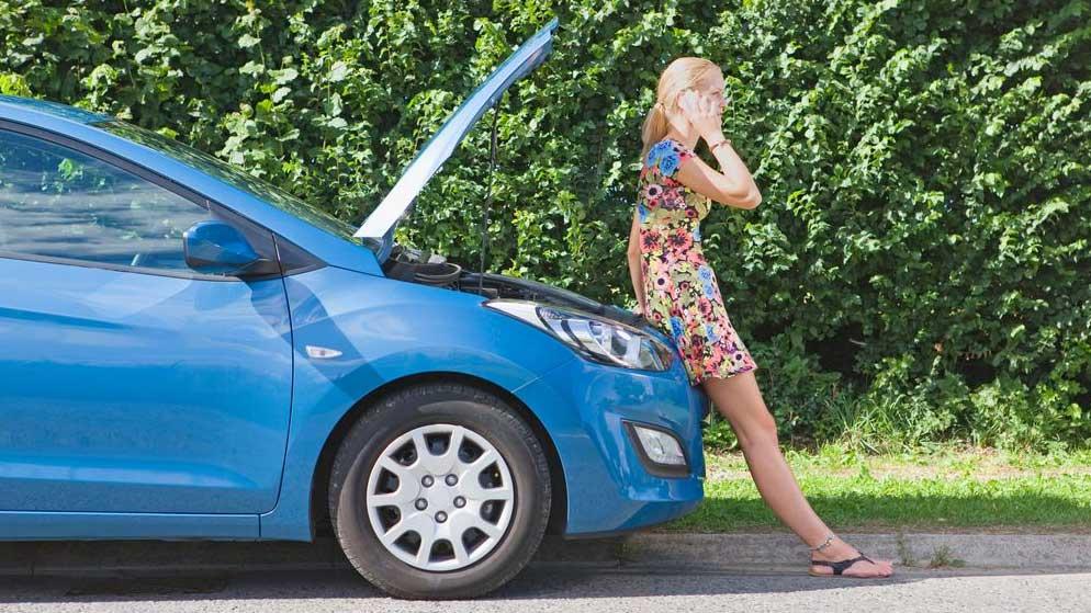 Una ITV rompe el coche a una conductora y el seguro no se hace cargo