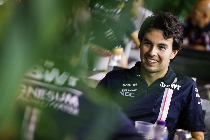 Oficial: Checo Pérez continuará en Force India