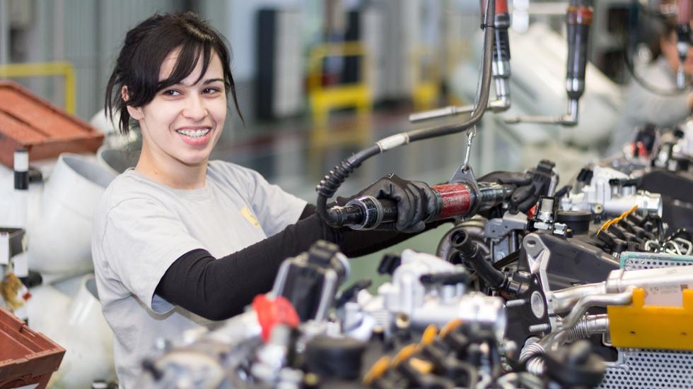 El Gobierno anuncia un acuerdo de futuro para el sector de la automoción
