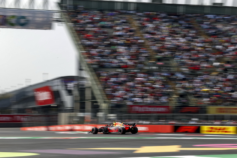 GP de México (FP3): Verstappen repite y bate el récord de la pista