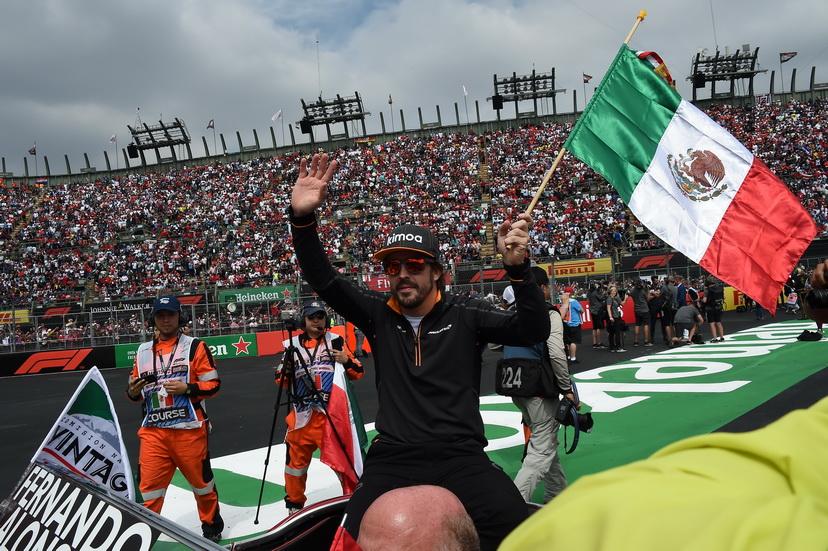 GP de México: emotivo homenaje a Fernando Alonso