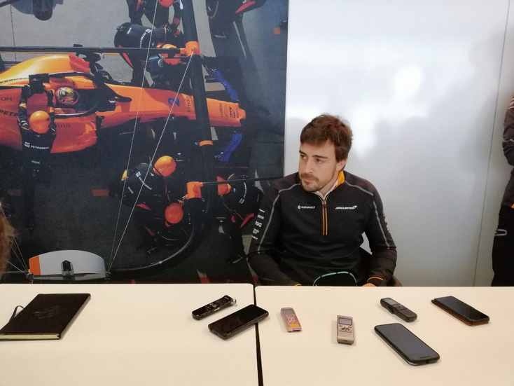 """GP de Brasil: """"El objetivo es tener una carrera sin problemas"""", según Alonso"""