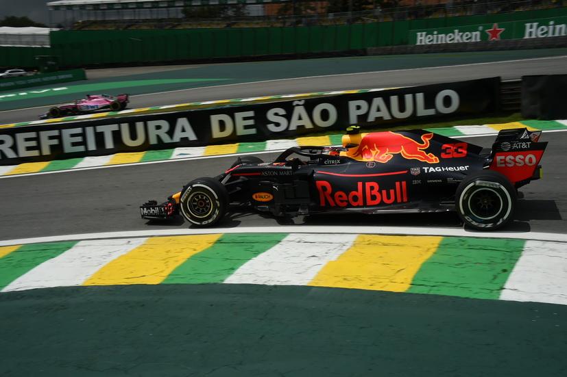 GP de Brasil (FP1): igualdad máxima entre los tres primeros equipos