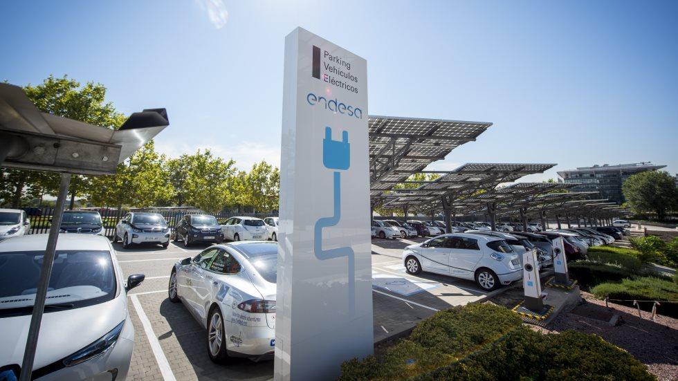 Endesa X creará más de 100.000 puntos de recarga para el coche eléctrico en 5 años