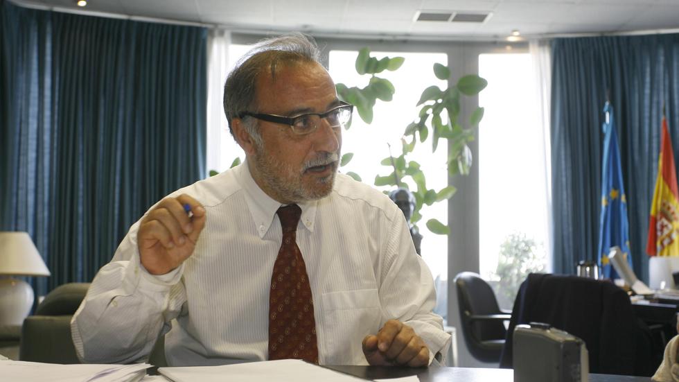 Pere Navarro dice que los españoles no saben qué coche comprar